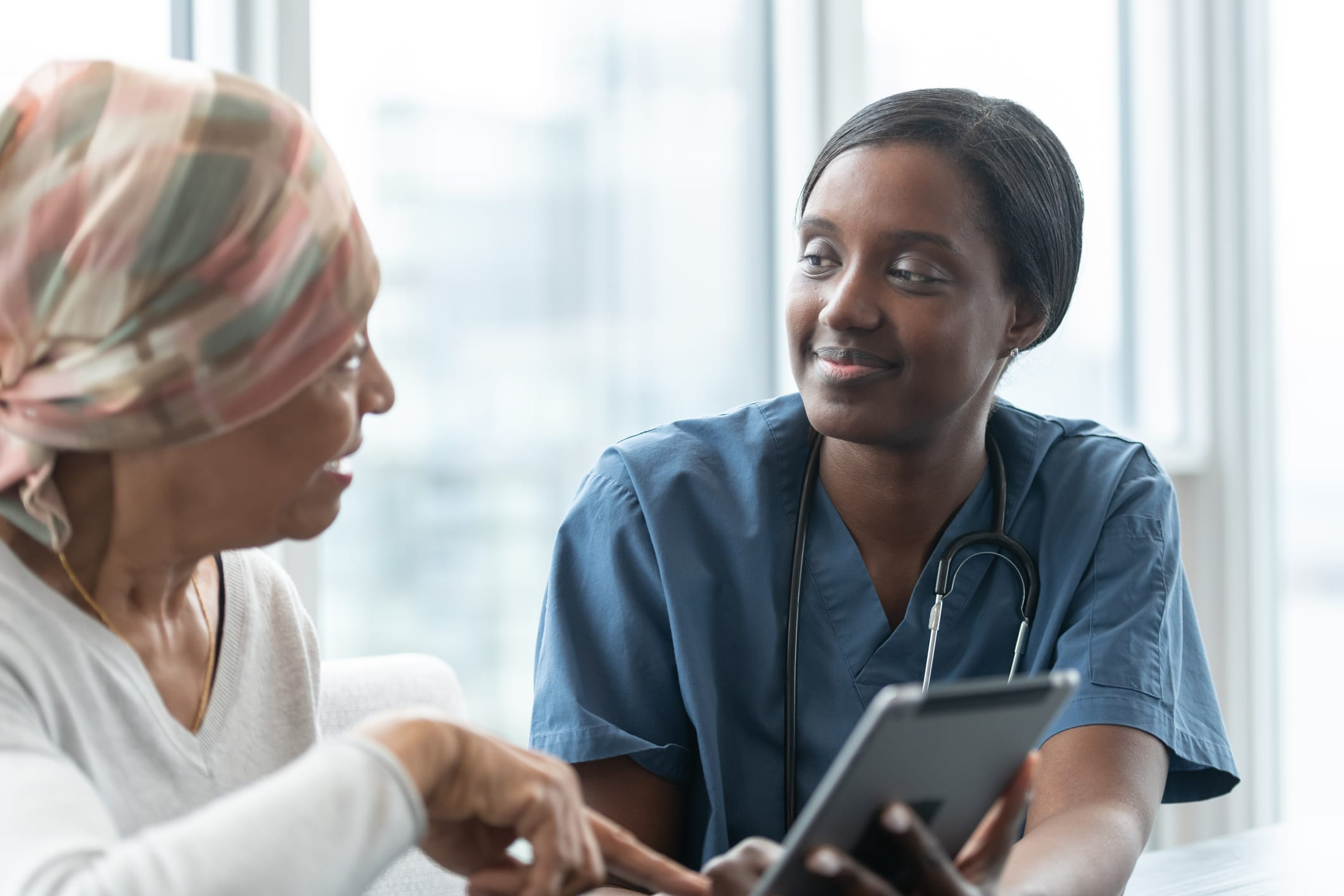OasisFreeClinics_doctor-and-patient